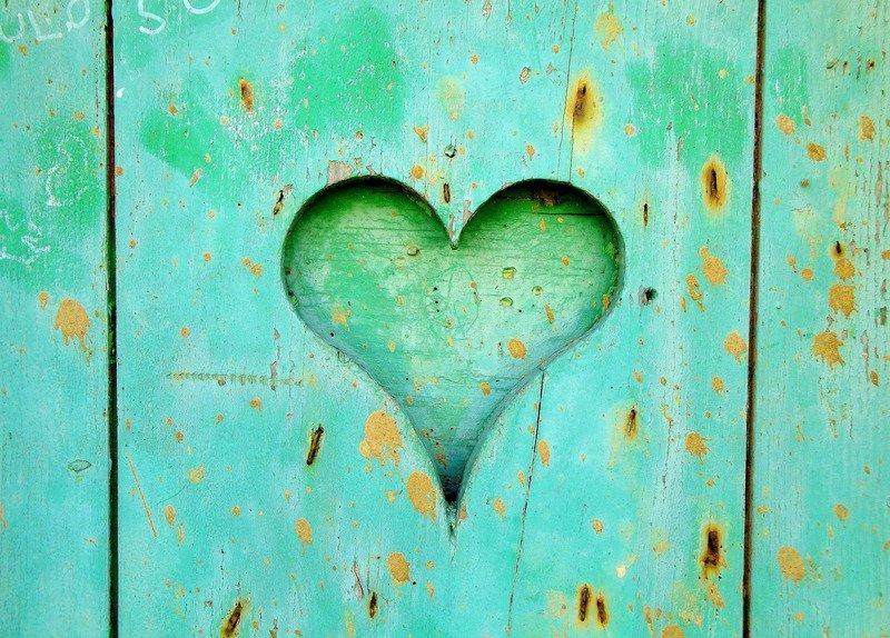 Heart in turquoise door